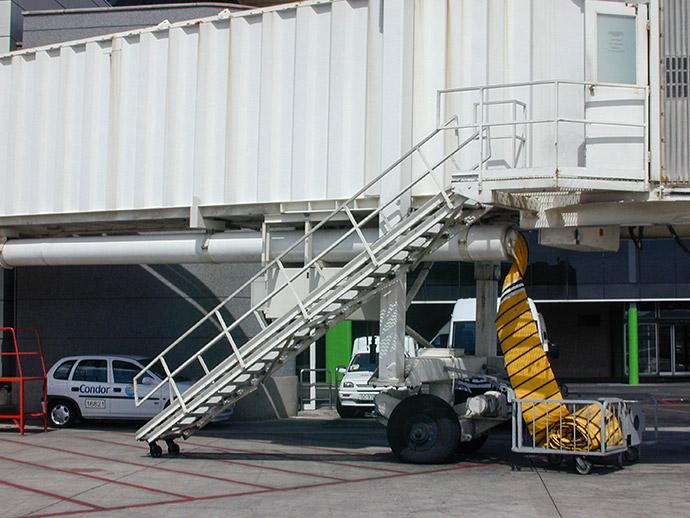 Equipamiento aeroportuario